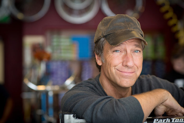 Discovery Channel's Mike Rowe Speaks On The Power Of Authenticity